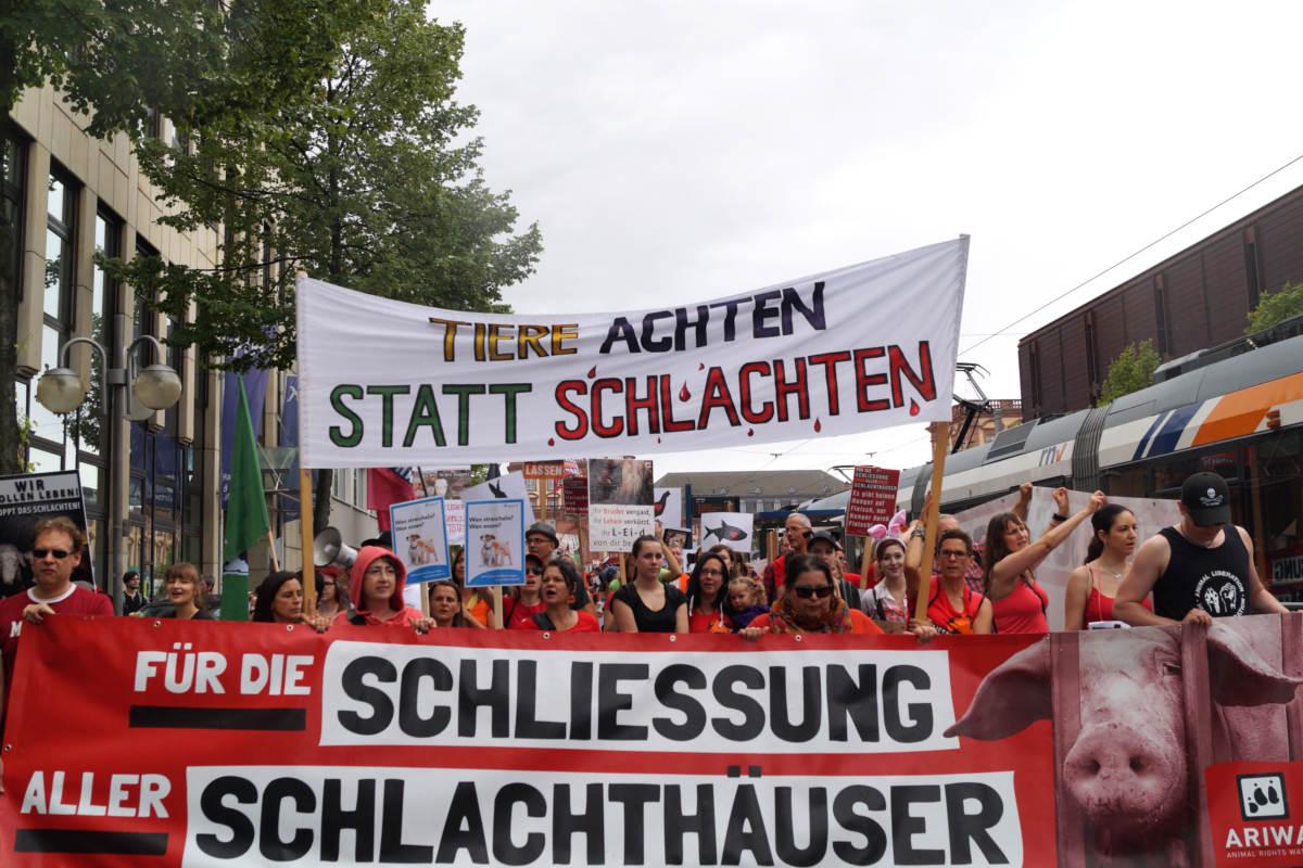 Demo zur Schließung aller Schlachthäuser Mannheim