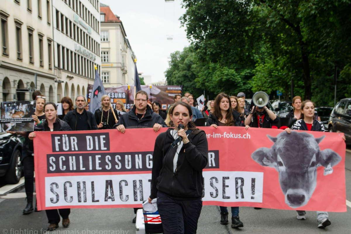 Demo zur Schließung aller Schlachthäuser München