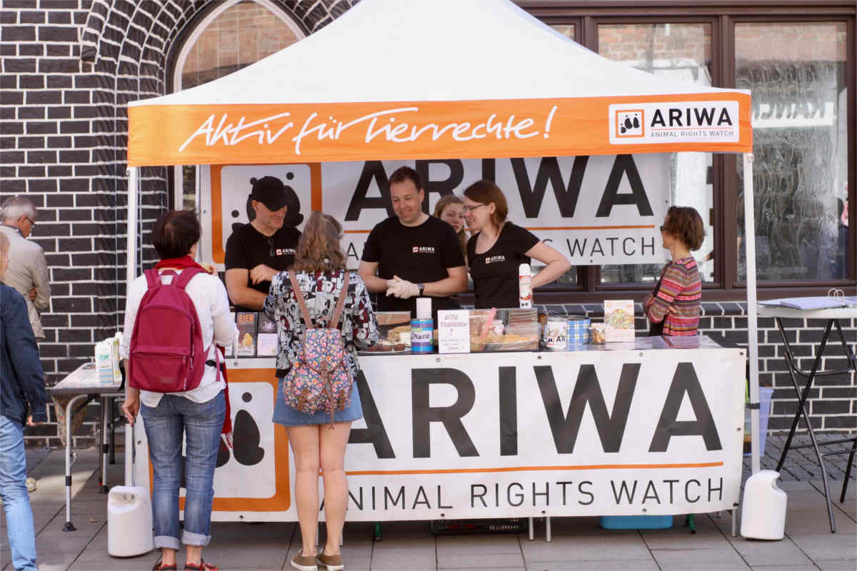 Infostand der ARIWA Ortsgruppe Lüneburg