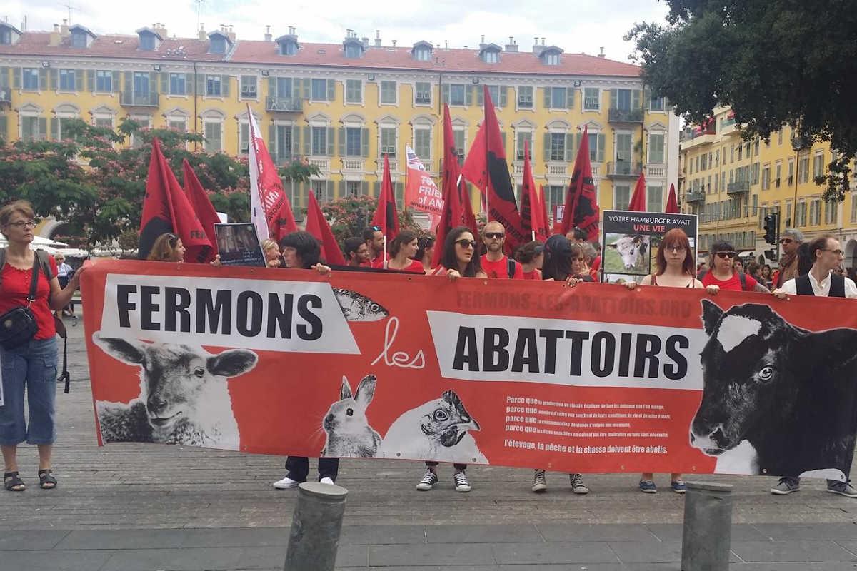 Schließung aller Schlachthäuser in Nizza 2016